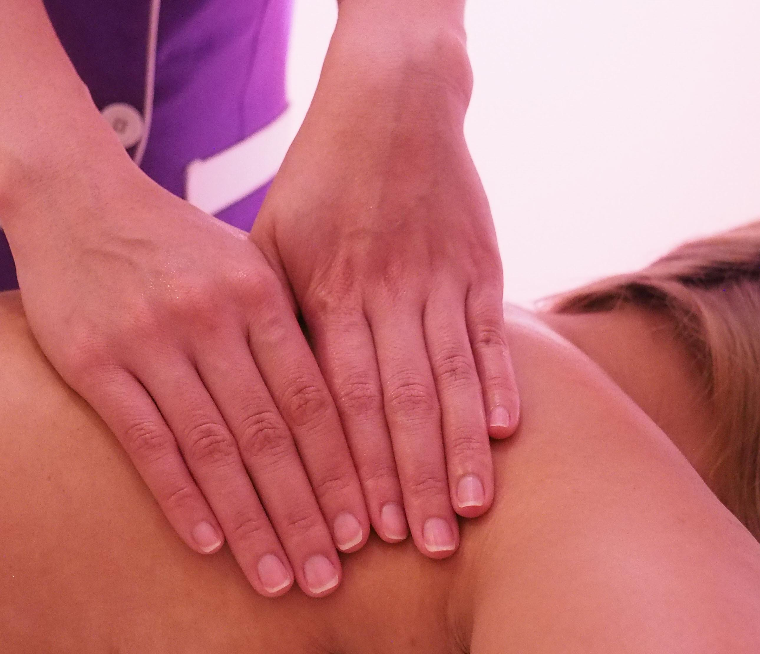 top-ryde-massage-masseuse7